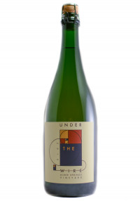 Under The Wire 2015 Pinot Noir Sparkling Wine