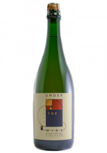 Under The Wire 2015 Pinot Noir Sparkling Wine